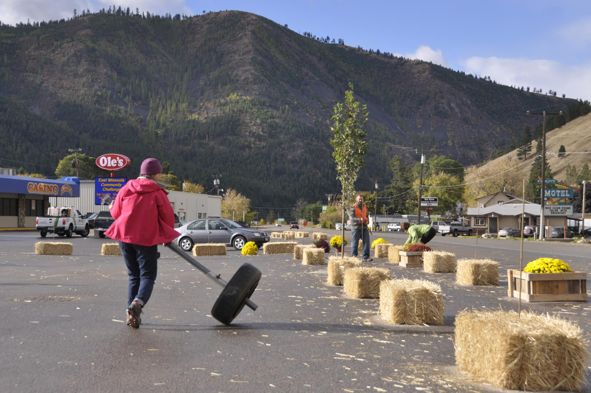 Safe Path Using Straw Bales