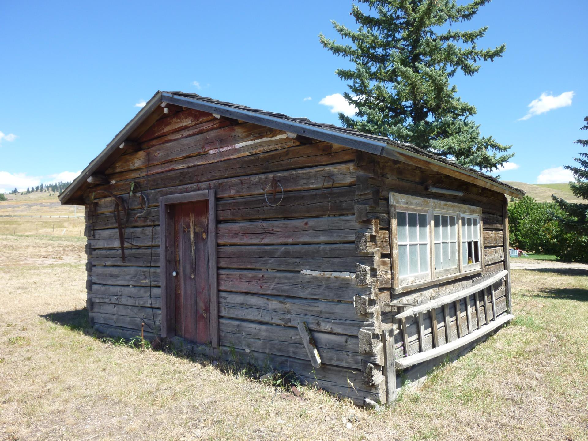 Lalonde Ranch cabin